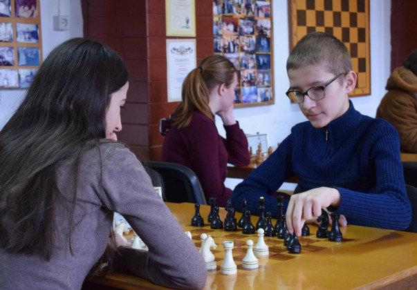 В Ужгороді у рамках спартакіади учнів та студентів навчальних закладів відбулися змагання з шахів (ФОТО), фото-2