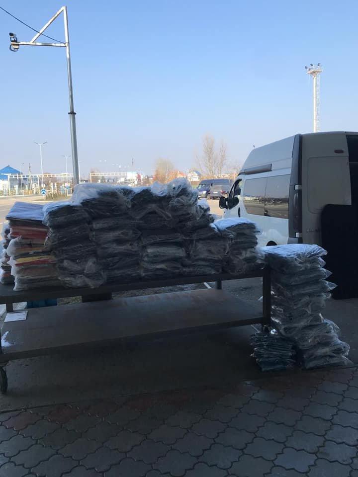 """На КПП """"Тиса"""" українця зловили на контрабанді 317 кг одягу. Митники показали місце сховку (ФОТО), фото-7"""