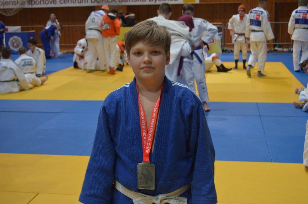Юні закарпатці стали срібними призерами на міжнародному турнірі з дзюдо в Словаччині (ФОТО), фото-4