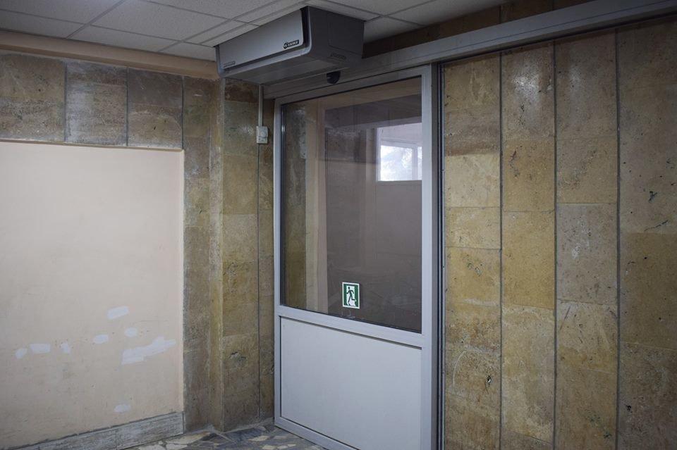 Мер Ужгорода оглянув хід капітального ремонту міської лікарні (ФОТО), фото-4