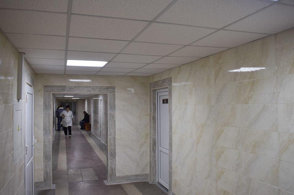 Мер Ужгорода оглянув хід капітального ремонту міської лікарні (ФОТО), фото-2
