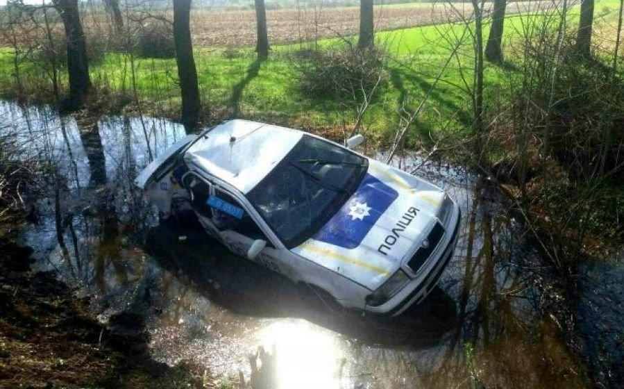 На Закарпатті судитимуть поліцейського, який напідпитку на службовому авто скоїв ДТП з потерпілими (ФОТО), фото-1