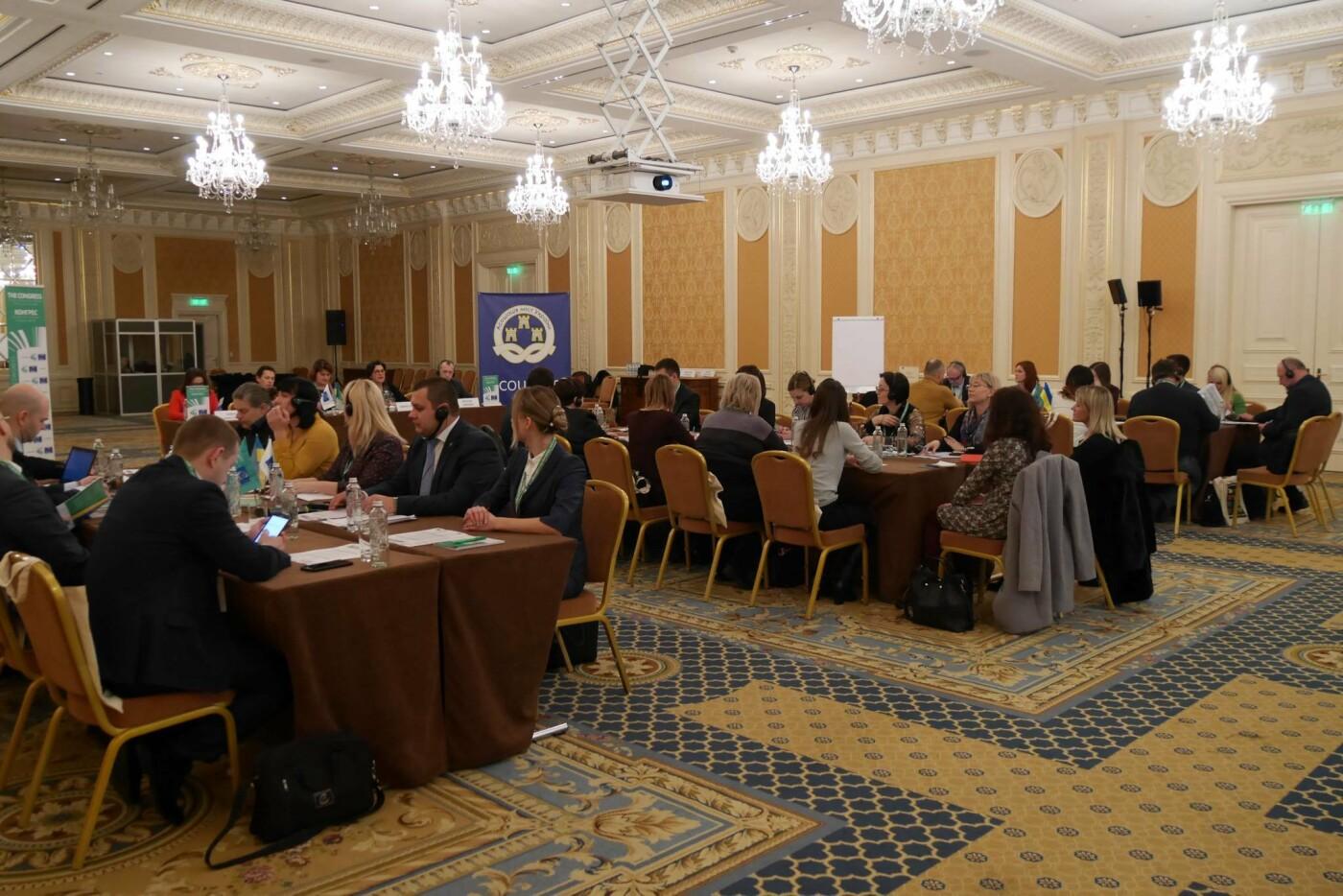 82% переселенців, що переїхали до Ужгорода, не планують повертатися на Схід України після завершення війни, фото-3