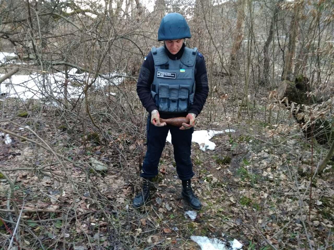 Закарпатець знайшов мінометну міну часів Другої світової війни (ФОТО), фото-1