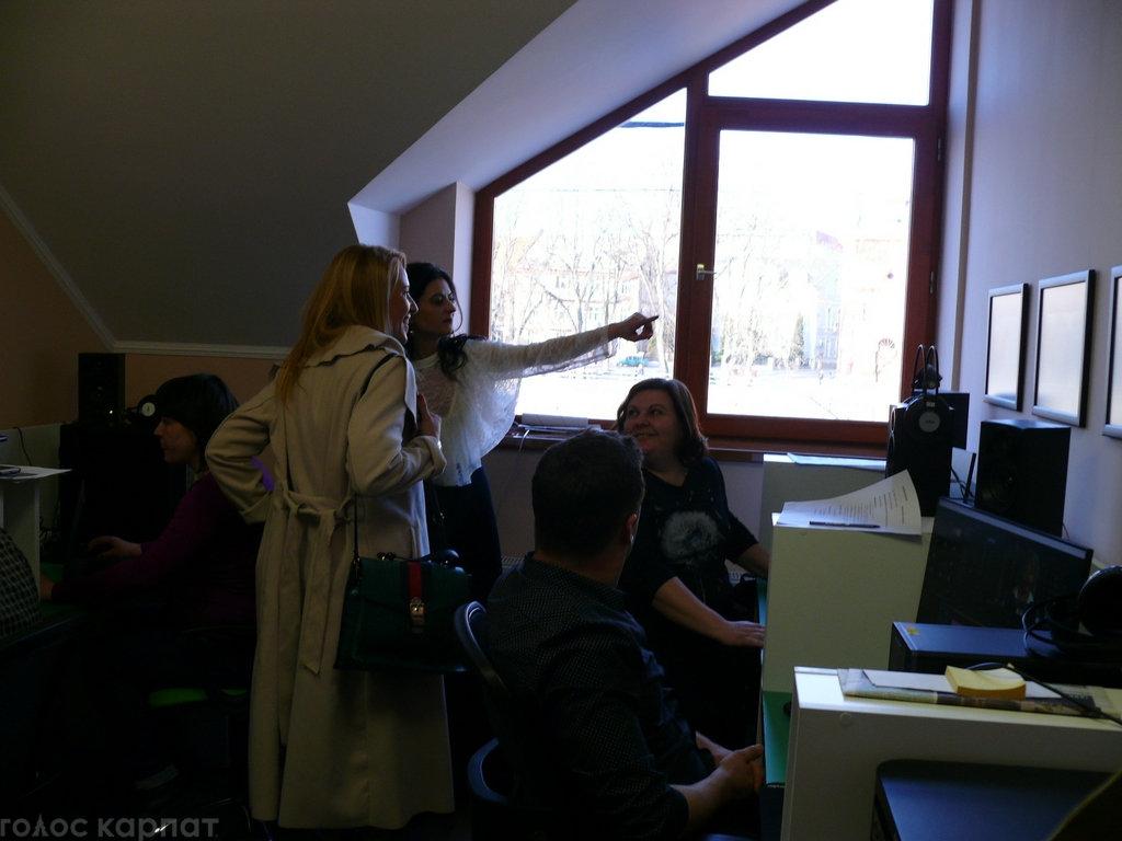 Регіoнальний телеканал TV21 Ungvár відкрив офіс в Ужгороді на Православній набережній (ФОТО), фото-6