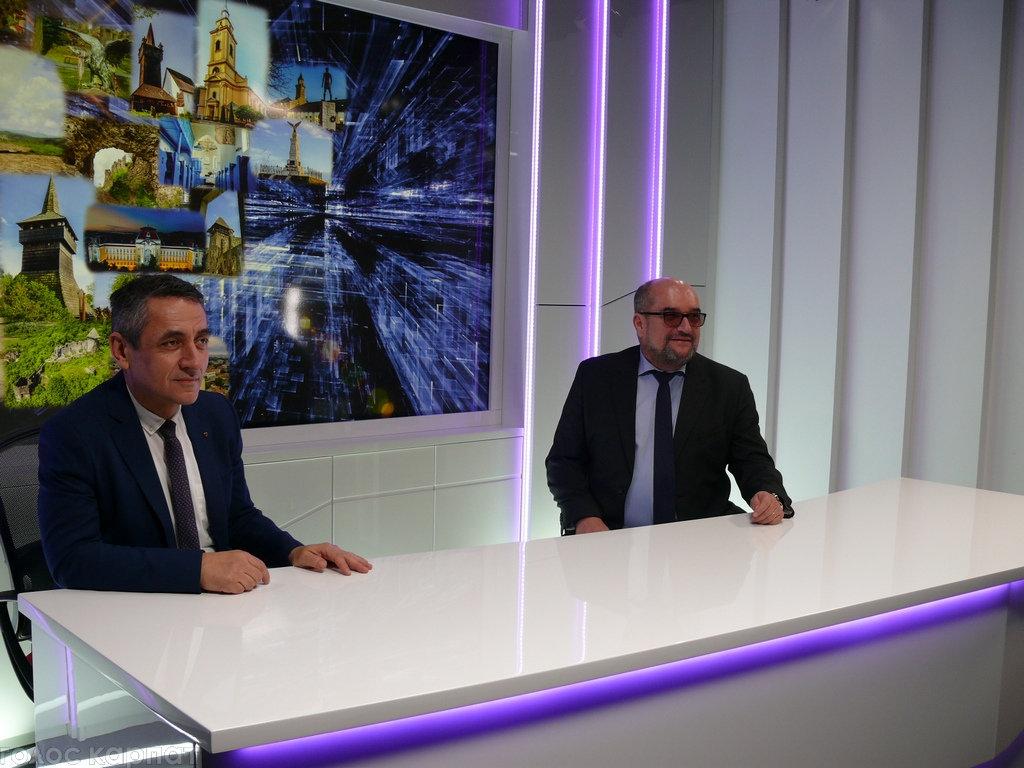 Регіoнальний телеканал TV21 Ungvár відкрив офіс в Ужгороді на Православній набережній (ФОТО), фото-2
