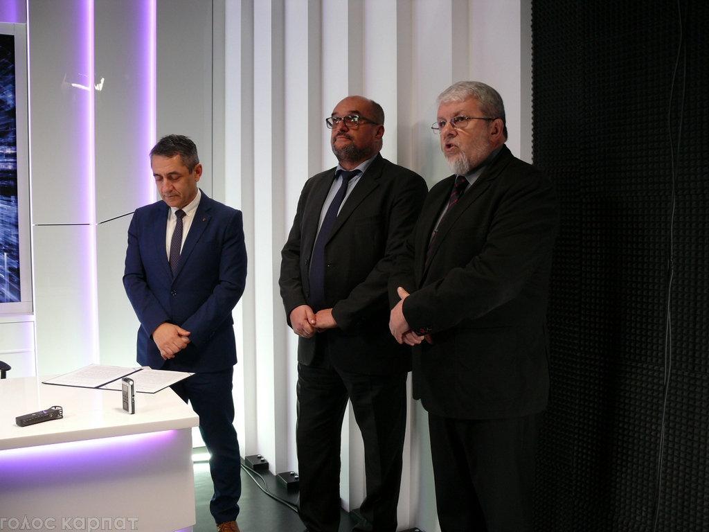 Регіoнальний телеканал TV21 Ungvár відкрив офіс в Ужгороді на Православній набережній (ФОТО), фото-3