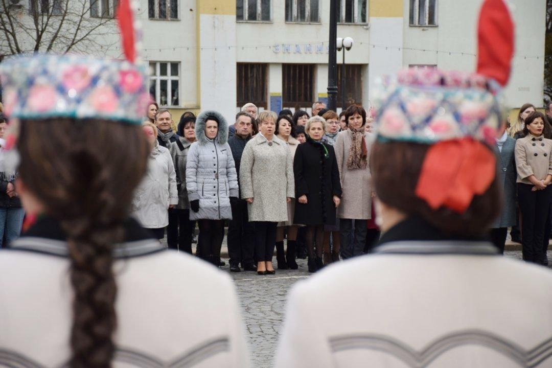 В Ужгороді пройшли урочистості до 205-ої річниці з дня народження Тараса Шевченка (ФОТО), фото-1