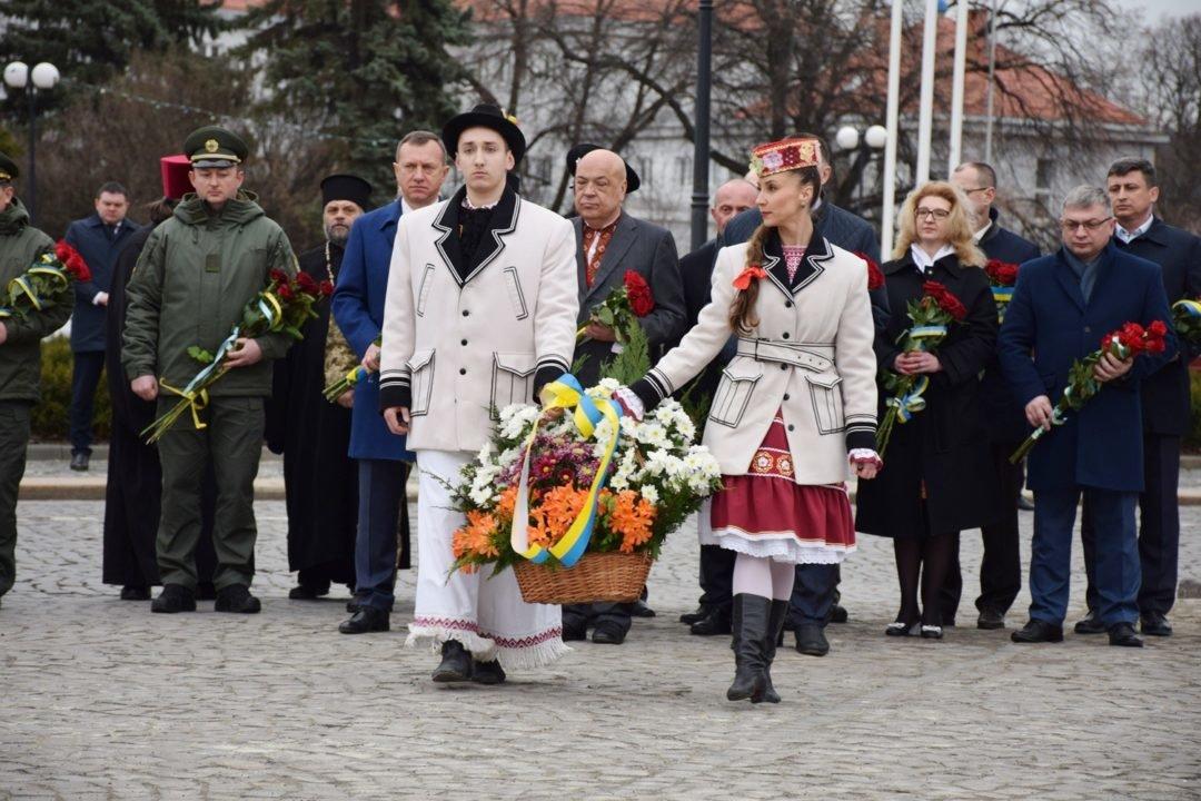 В Ужгороді пройшли урочистості до 205-ої річниці з дня народження Тараса Шевченка (ФОТО), фото-5