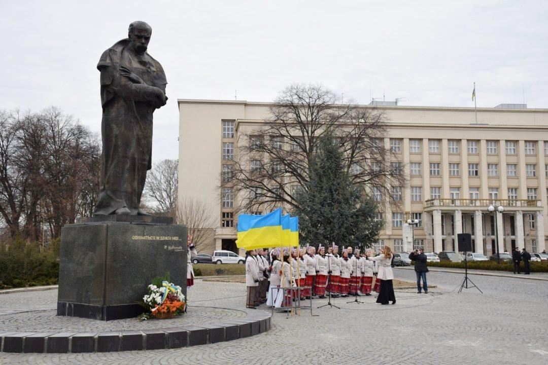 В Ужгороді пройшли урочистості до 205-ої річниці з дня народження Тараса Шевченка (ФОТО), фото-6