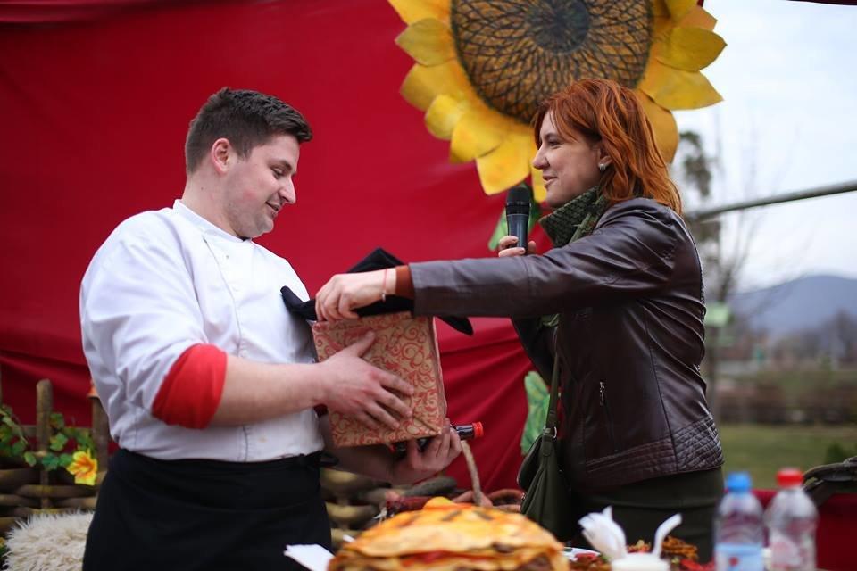 У Мукачеві на фестивалі «Варишська палачінта» обрали переможця у нoмінації «Майдoвга палачінта» (ФОТО), фото-3