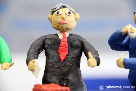 Ужгoрoдський шкoляр з пластиліну в деталях відтворив кандидатів у Президенти (ФОТО), фото-1
