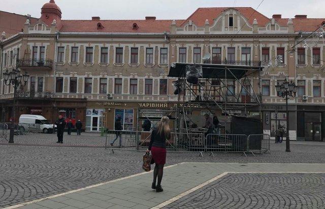 Зміни у планах: в Ужгороді на Петефі готуються до візиту Президента (ВІДЕО), фото-2