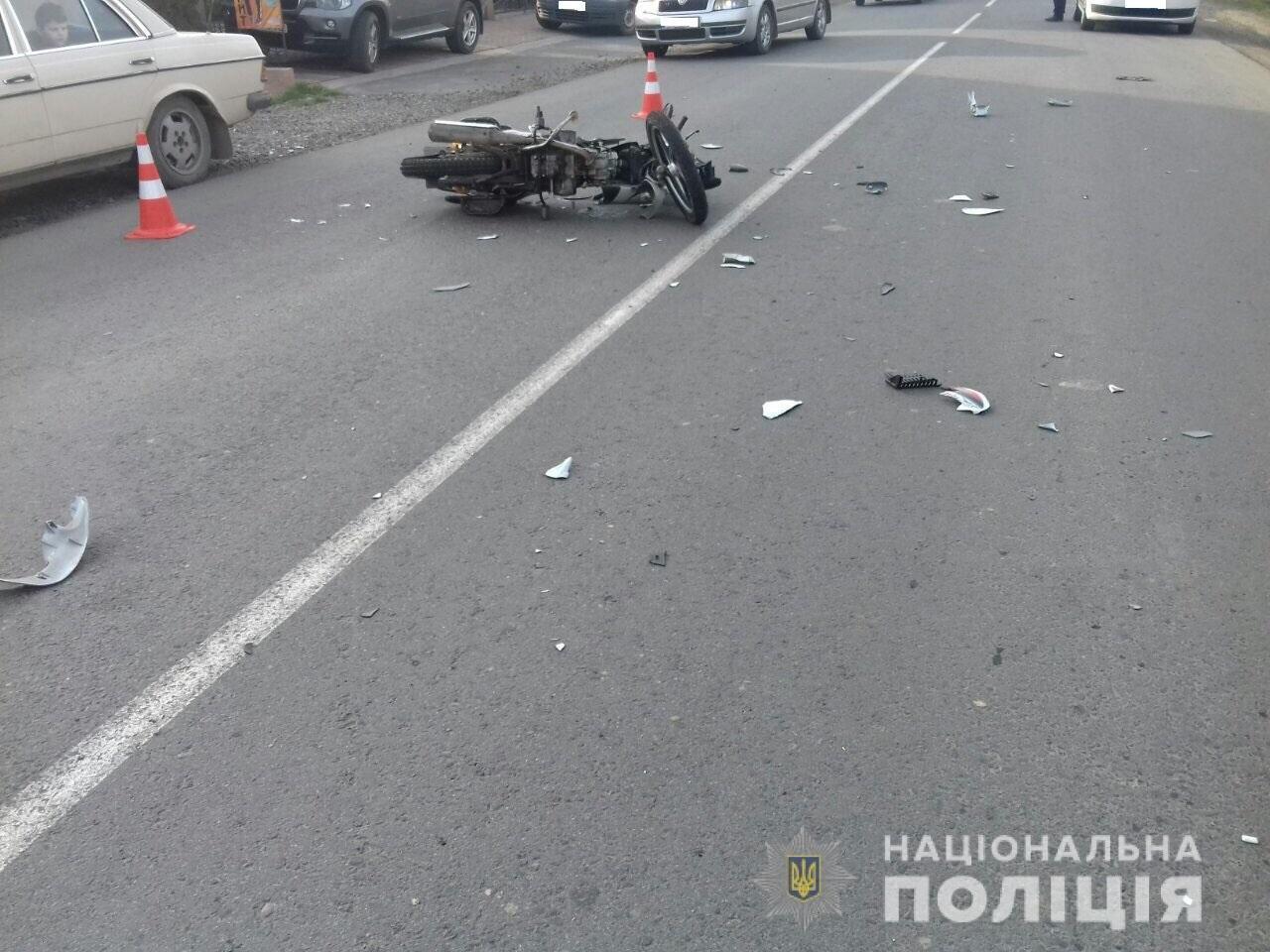 ДТП на Закарпатті: мотоцикл збив 15-річного велосипедиста. Юнак у лікарні (ФОТО), фото-3