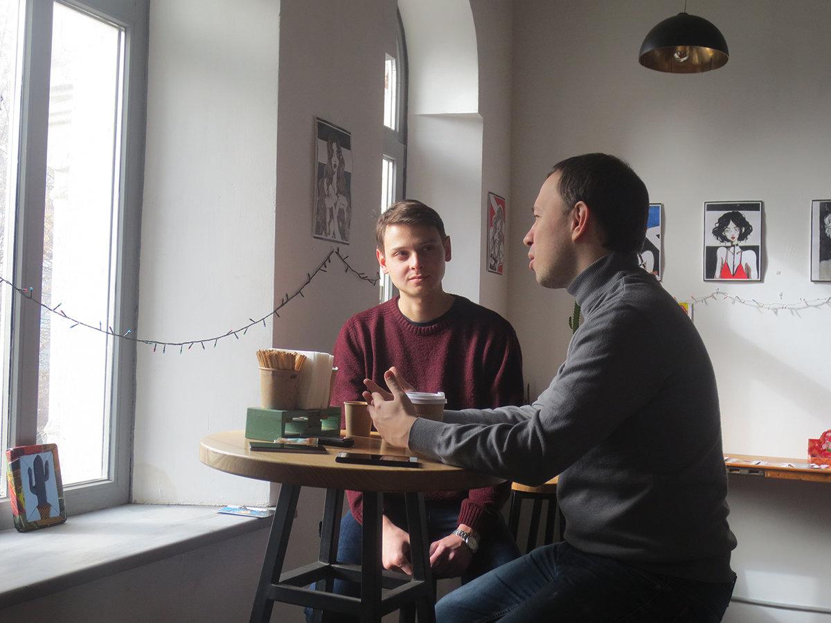 Літератор Олександр Вешелені розповів, яку пам'ять зберігає про Закарпаття та що йому дарує угорське коріння (ФОТО), фото-1