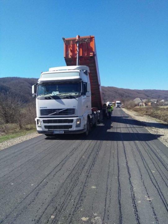 На обласній дорозі, яка об'єднує три райони Закарпаття, продовжили капітальний ремонт (ФОТО), фото-1