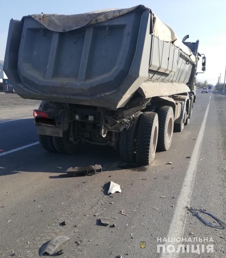 Закарпатські поліцейські з'ясовують обставини двох автопригод на Ужгородщині (ФОТО), фото-2