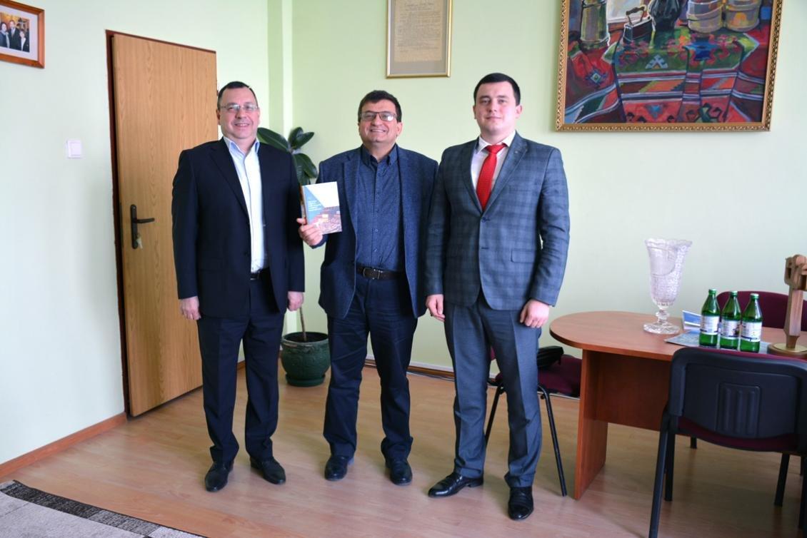 В Ужгороді науковці презентували монографію «Система захисту прав людини у рамках Ради Європи», фото-1