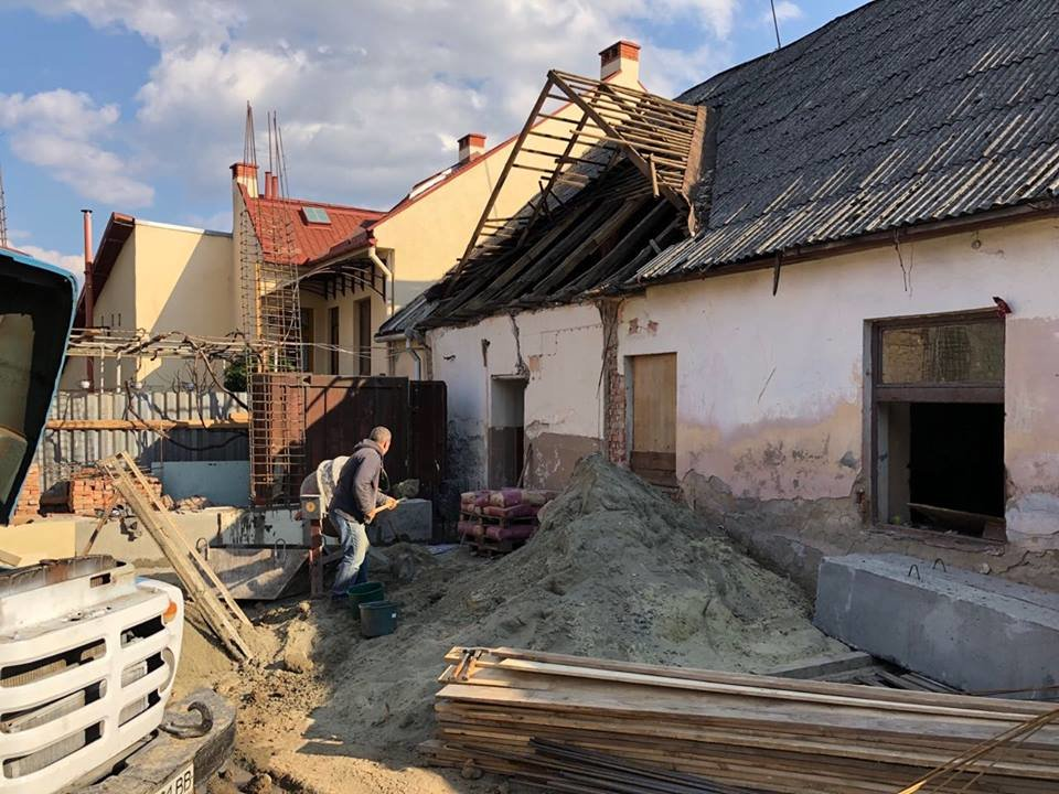 В Ужгороді виявили несанкціоноване будівництво житлового будинку (ФОТО), фото-10
