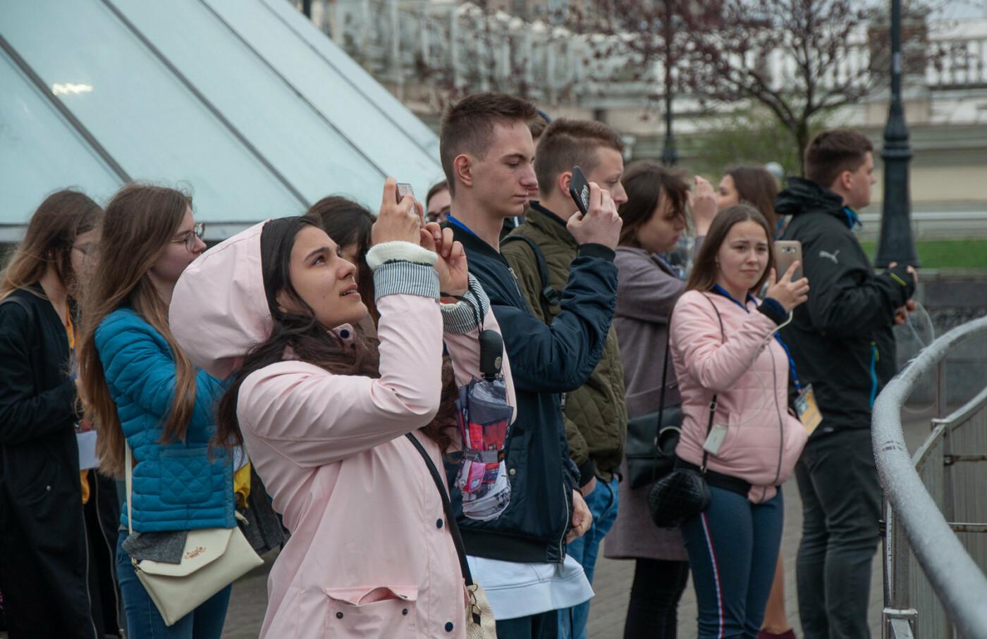 Подорож до парламенту: 20 закарпатських школярів виграли поїздку на освітню екскурсію до Верховної Ради (ВІДЕО), фото-9