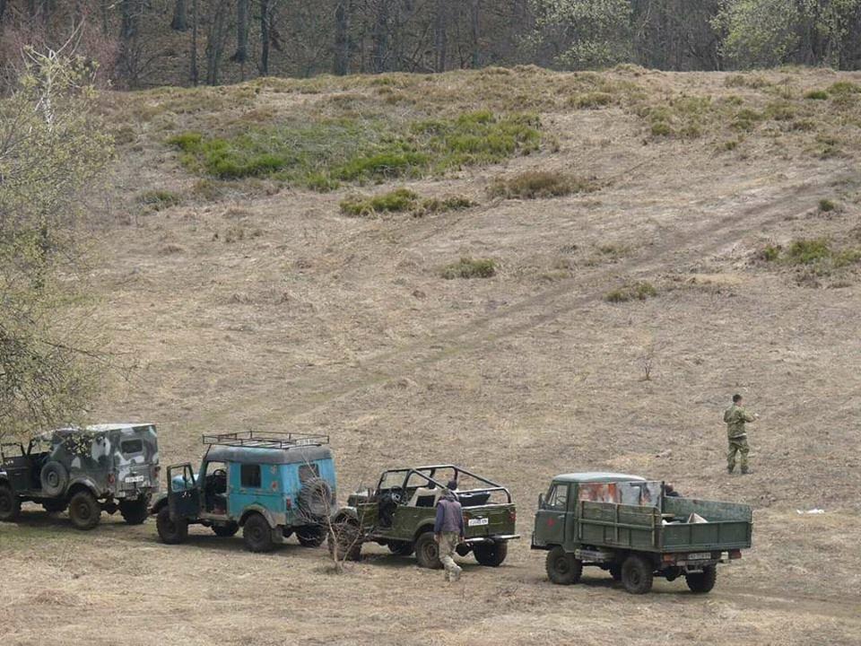 В мережах з'явилися фото джипів, які руйнують перлину Карпат  - Анталовецьку Поляну (ФОТО), фото-4