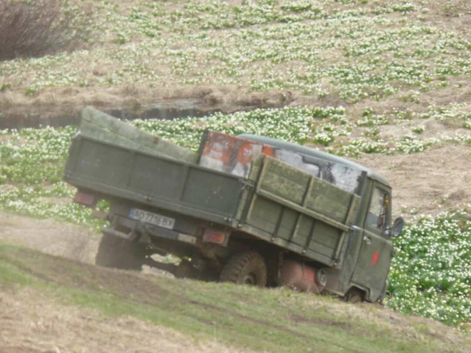 В мережах з'явилися фото джипів, які руйнують перлину Карпат  - Анталовецьку Поляну (ФОТО), фото-2