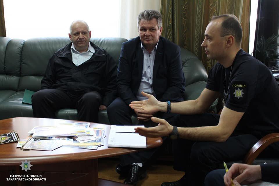 Ужгородський паровозик зможе курсувати містом тільки оформивши необхідні документи - патрульні , фото-2