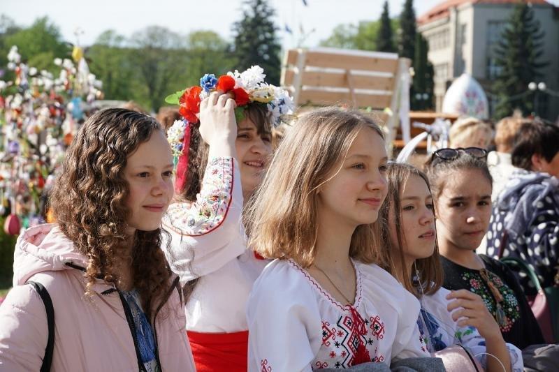 """В Ужгороді відкрився фестиваль """"Воскресни, писанко!"""" (ФОТО), фото-5"""
