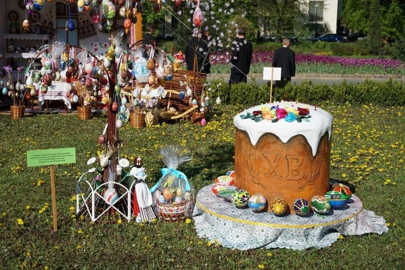 """В Ужгороді відкрився фестиваль """"Воскресни, писанко!"""" (ФОТО), фото-8"""