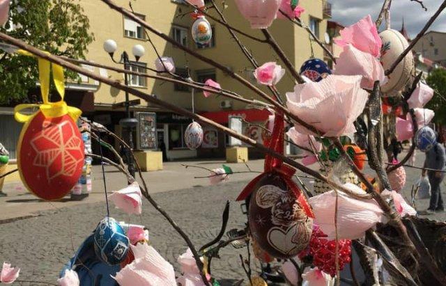 На писанковому дереві у Мукачеві з'явились 187 найкращих дитячих робіт (ФОТО), фото-2