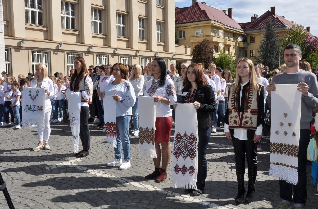 """В Ужгороді V-й фестиваль """"Воскресни, писанко!"""" перевершив усі минулорічні (ВІДЕО) , фото-1"""