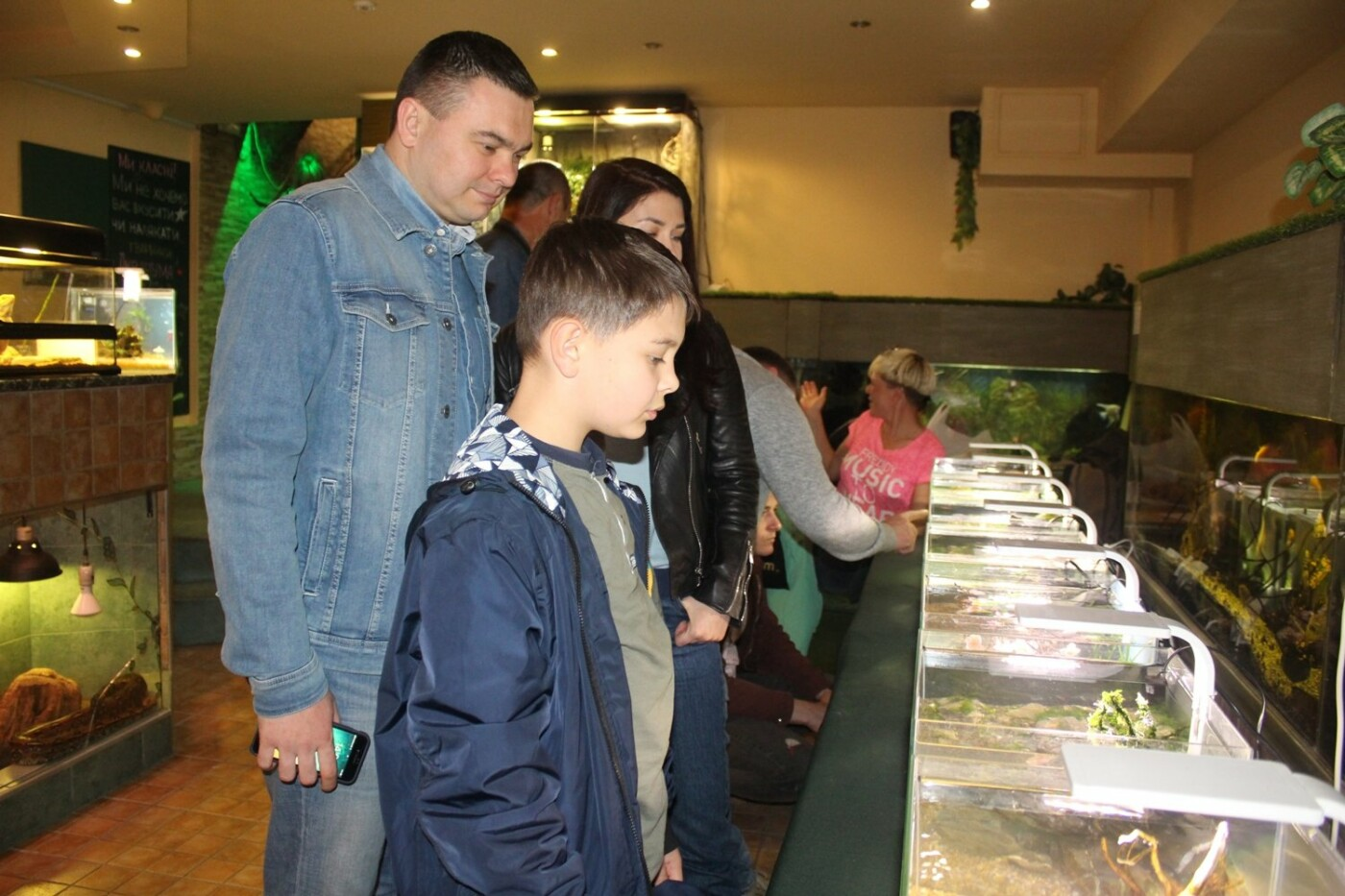 В Ужгороді відкрилась виставка нано-акваріумів з весняними мотивами (ФОТО), фото-3