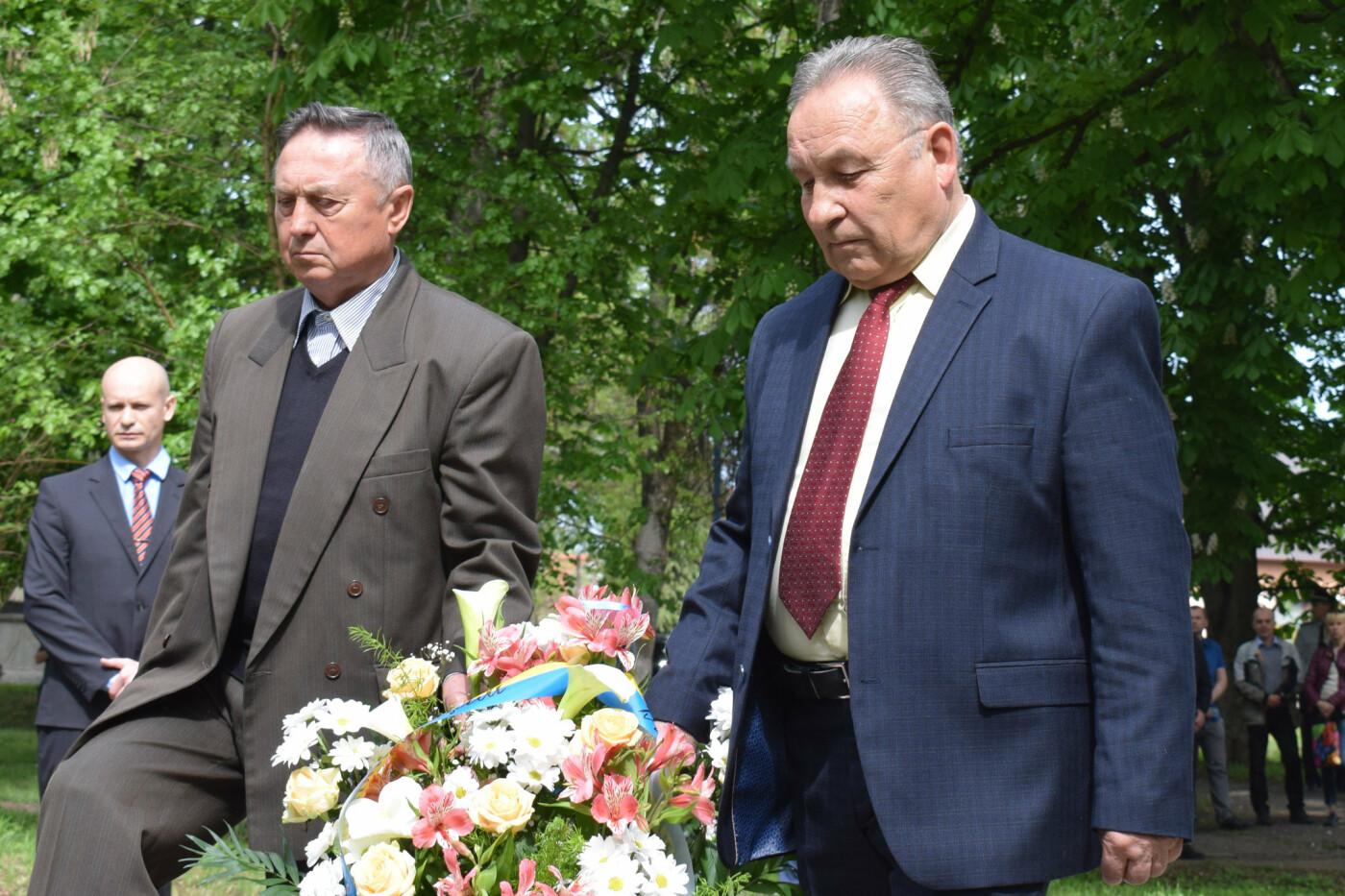 В Ужгороді вшанували героїв-ліквідаторів аварії на Чорнобильській АЕС (ФОТОРЕПОРТАЖ), фото-5