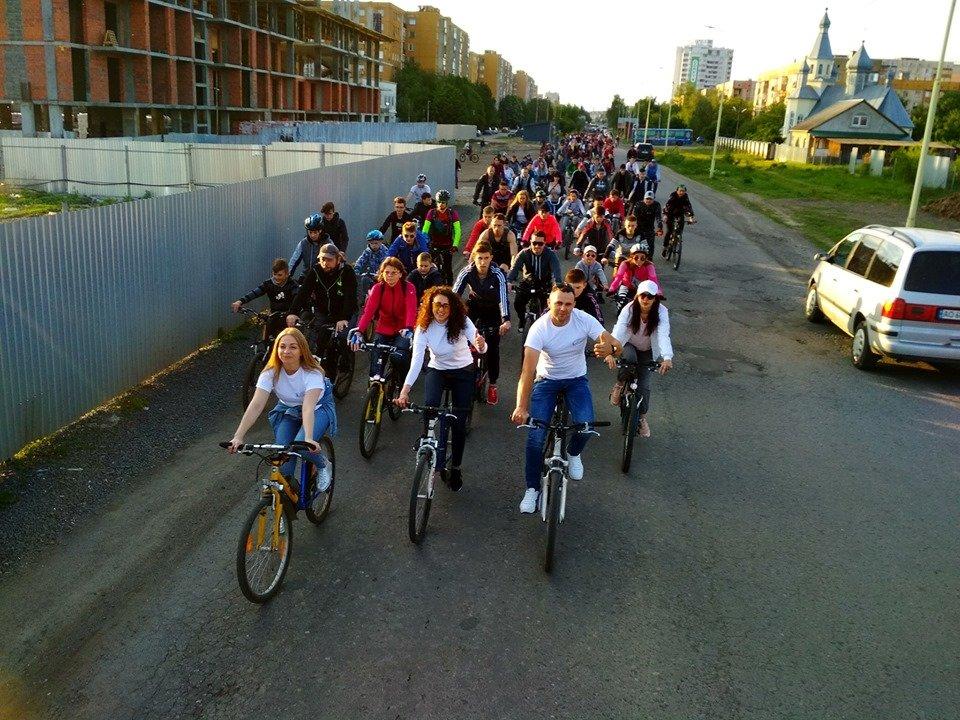 Ужгородці відкрили велосезон масовим заїздом Big City Ride (ФОТО), фото-1