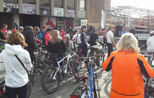 Ужгородці відкрили велосезон масовим заїздом Big City Ride (ФОТО), фото-7