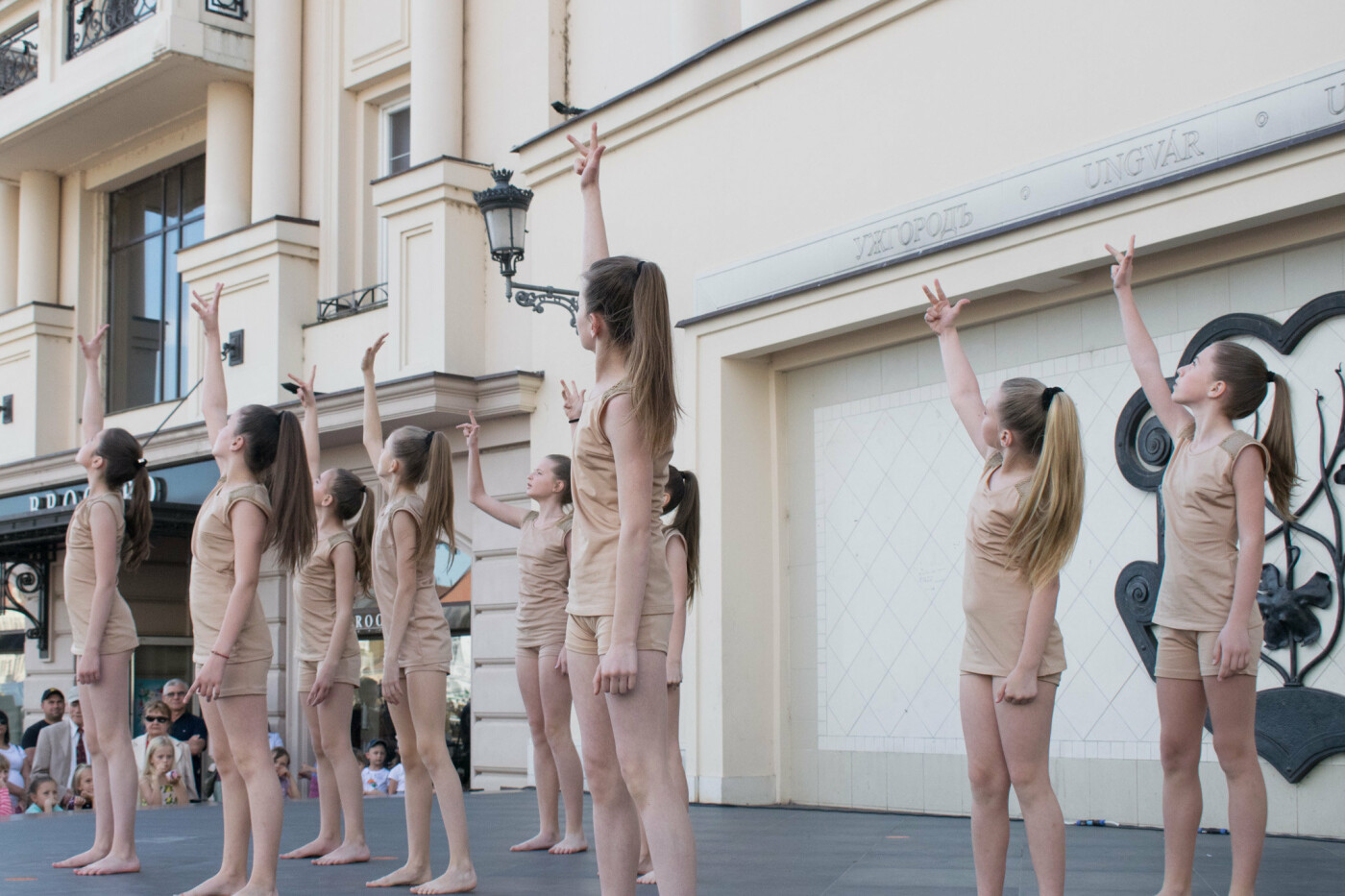 """«We are the champions» - CСТ """"Бліц"""" подарував Ужгороду програму із переможних номерів (ФОТОРЕПОРТАЖ), фото-9"""