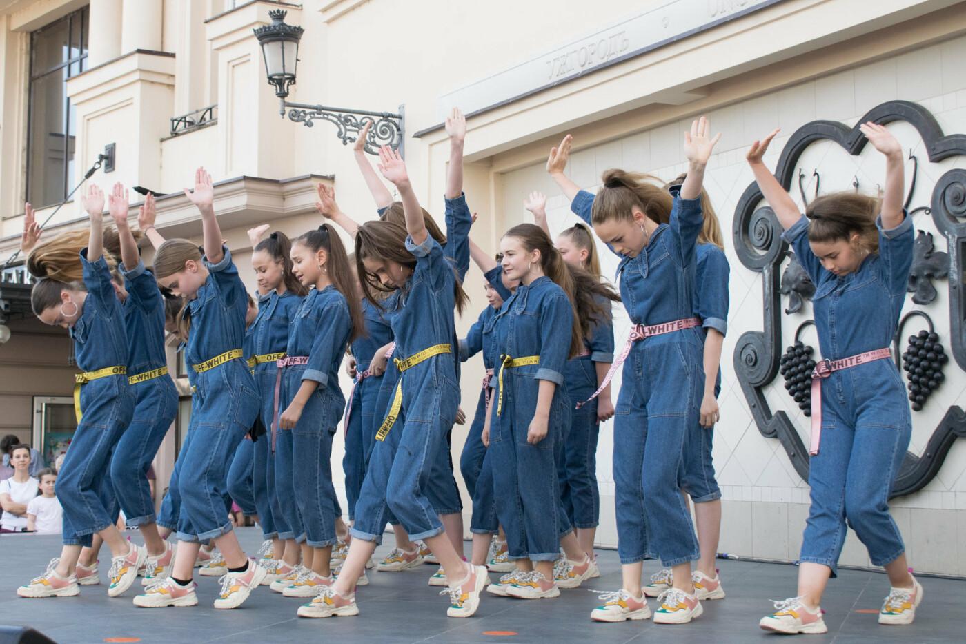 """«We are the champions» - CСТ """"Бліц"""" подарував Ужгороду програму із переможних номерів (ФОТОРЕПОРТАЖ), фото-26"""