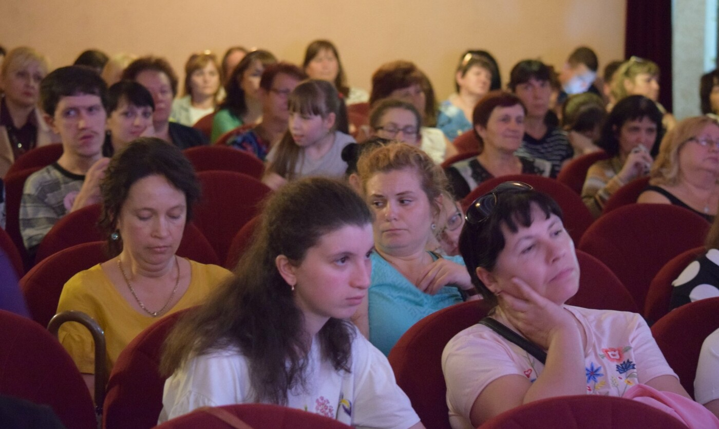 """В Ужгороді відбувся концерт на підтримку медико-соціального реабілітаційного центру """"Дорога життя"""" (ФОТО), фото-8"""