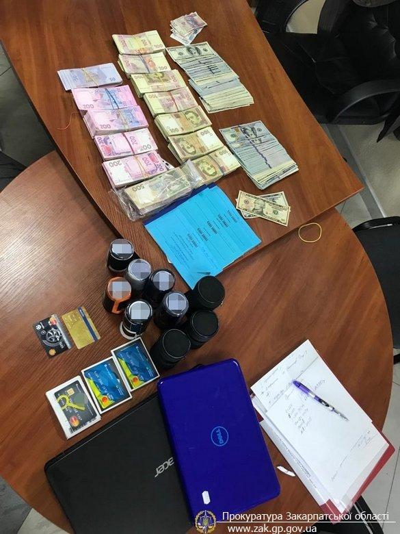 На Закарпатті прокуратура спільно з ДФС викрила конвертаційний центр з обігом понад 90 млн грн. (ФОТО), фото-5