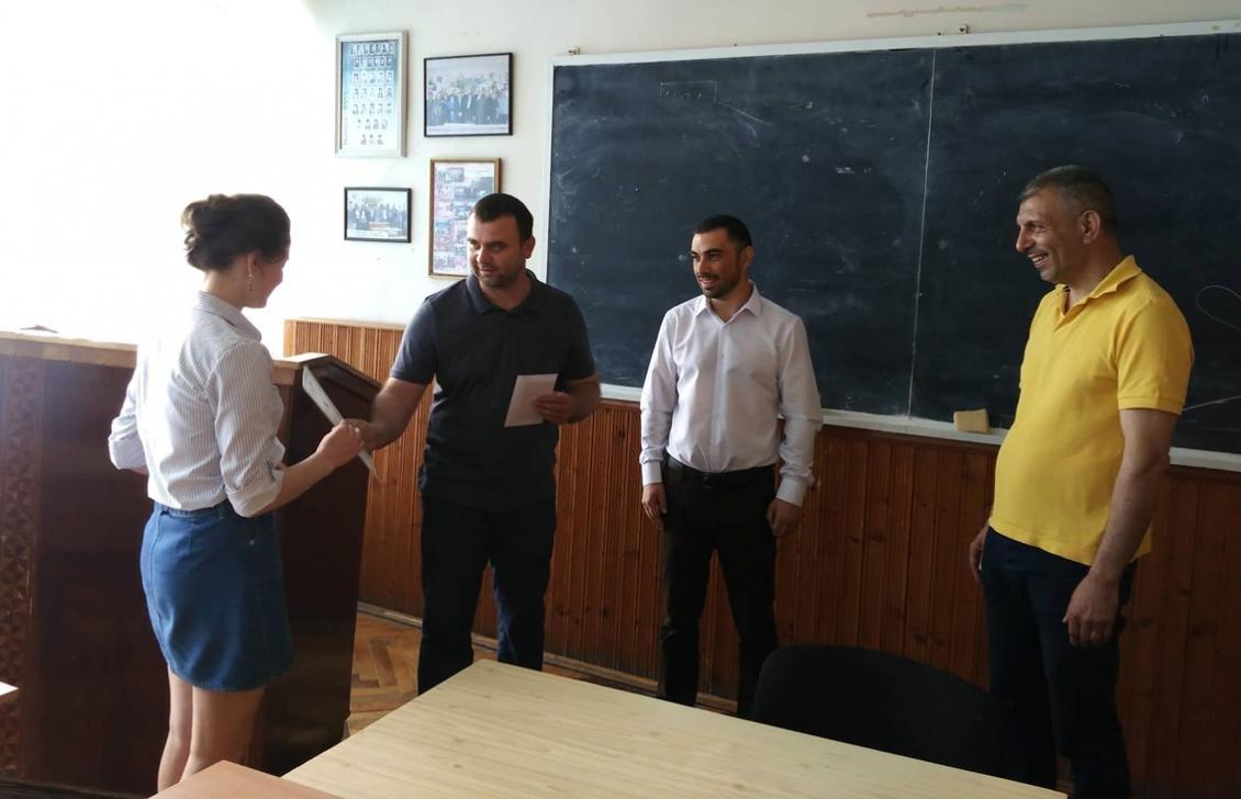 В УжНУ нагородили студенток – учасниць журналістського екоконкурсу (ФОТО), фото-2