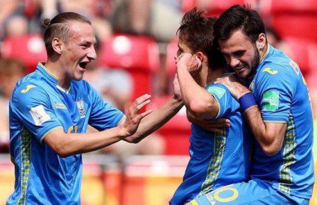 Завдяки голу закарпатця Булеци Україна вперше в історії вийшла до фіналу ЧС U-20 (ФОТО, ВІДЕО), фото-4