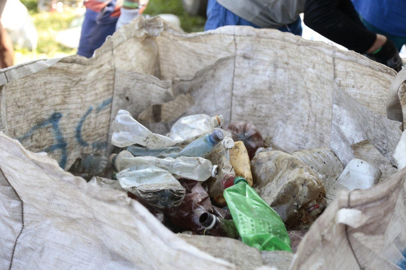 Угорські активісти організовують на Тисі акцію зі збору сміття, що пливе із Закарпаття (ФОТО) , фото-2