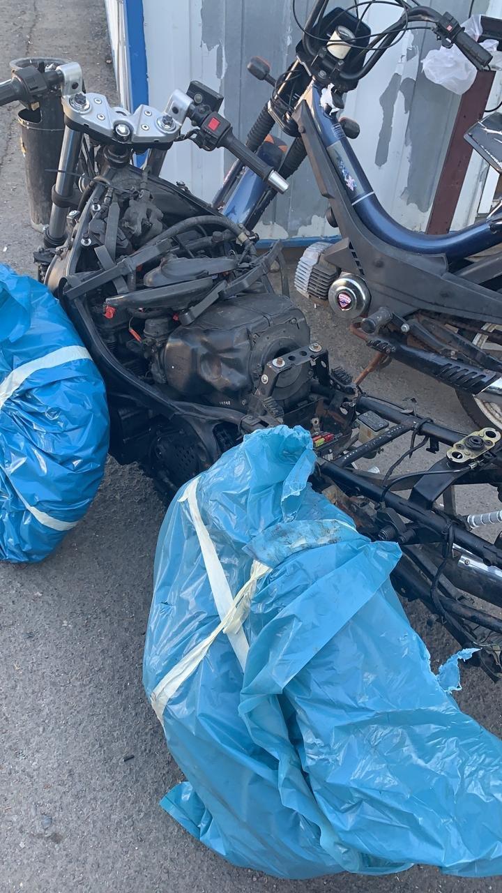 """Через КПП """"Ужгород"""" українець та німець намагались незаконно завезти б/у мотоцикли (ФОТО), фото-5"""