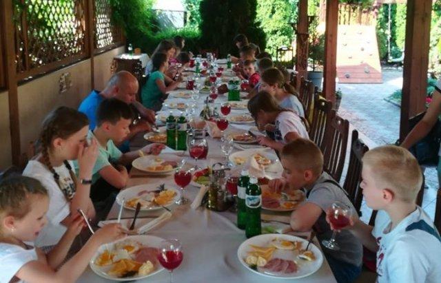 Благодійники організовують для дітей воїнів АТО із Закарпаття відпочинок в Угорщині (ФОТО), фото-4