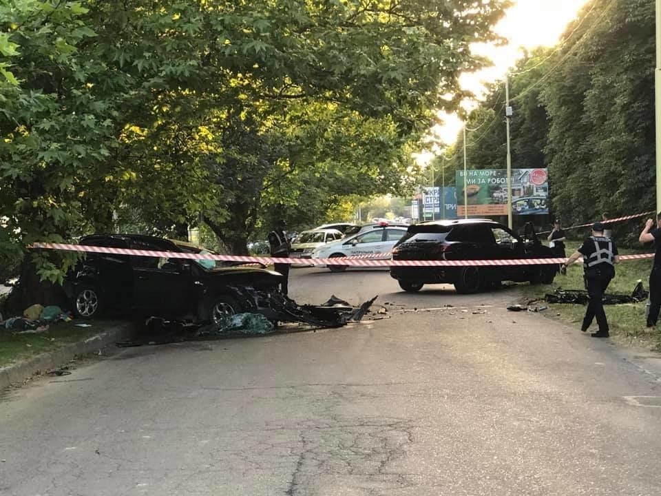 Дружина ужгородця, що постраждав у страшній ДТП на Слов'янській набережній, розповіла про його стан, фото-1