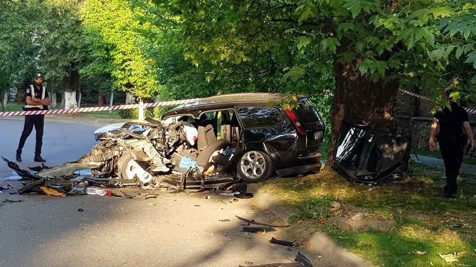 Дружина ужгородця, що постраждав у страшній ДТП на Слов'янській набережній, розповіла про його стан, фото-5