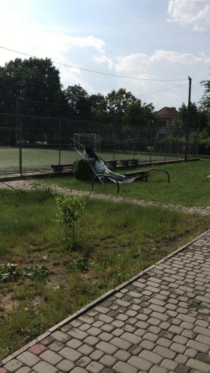 Кілька населених пунктів на Берегівщині постраждали від сильного буревію (ФОТО), фото-4