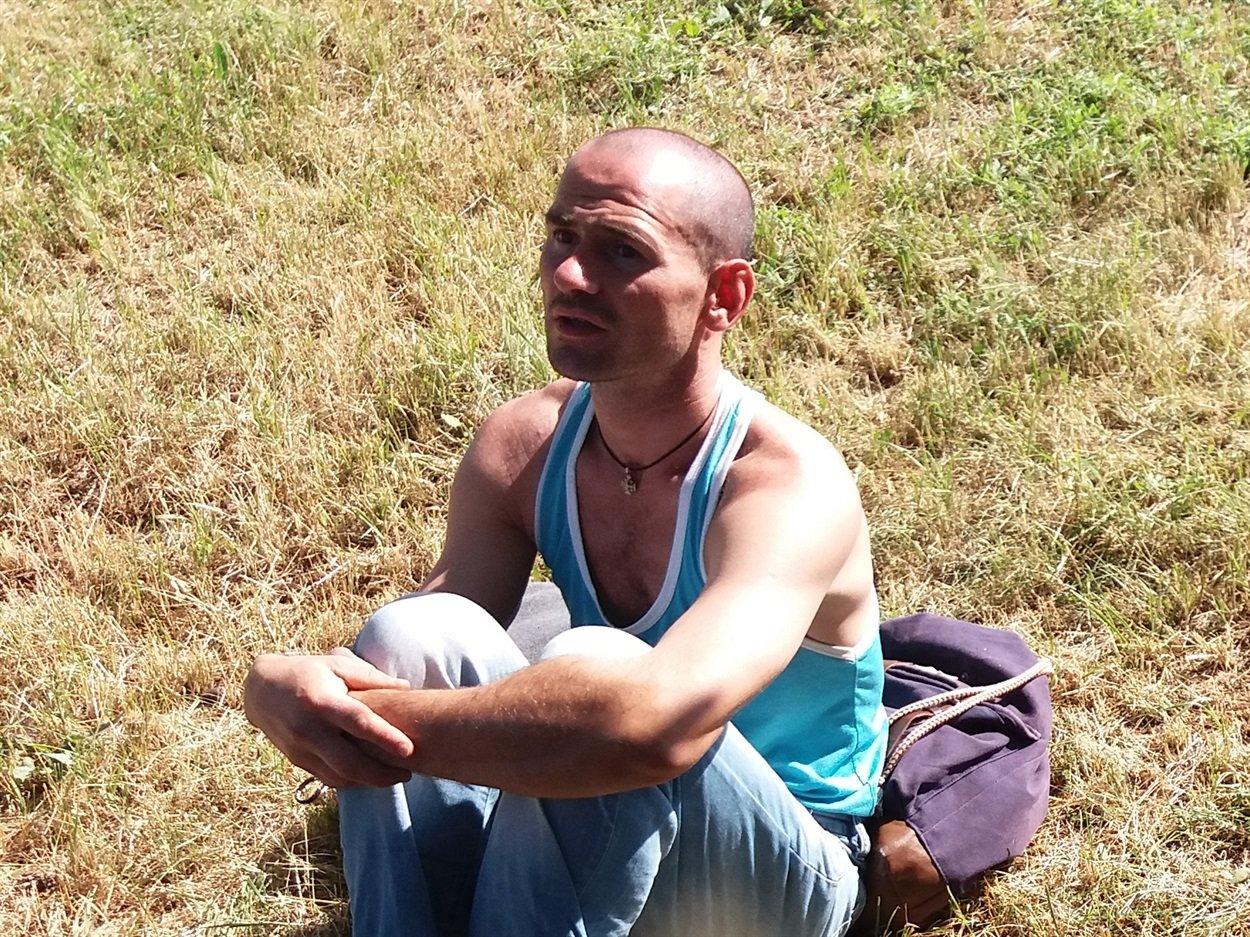 """Двоє закарпатців після """"заробітків"""" у Росії жебракували на Луганщині, щоб назбирати на квиток додому (ФОТО), фото-2"""