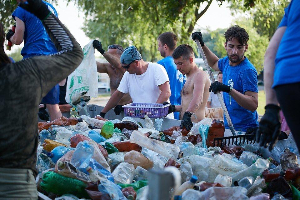 3000 кг пластику: угорські волонтери показали шокуючі результати екологічної акції PET Kupa на Тисі (ФОТО, ВІДЕО), фото-29