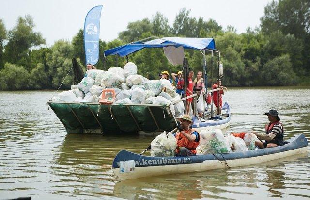 3000 кг пластику: угорські волонтери показали шокуючі результати екологічної акції PET Kupa на Тисі (ФОТО, ВІДЕО), фото-31